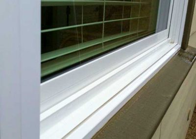 compare-window-sill-1_2